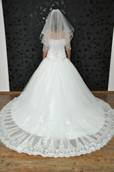 Svatební šaty Maya, 38