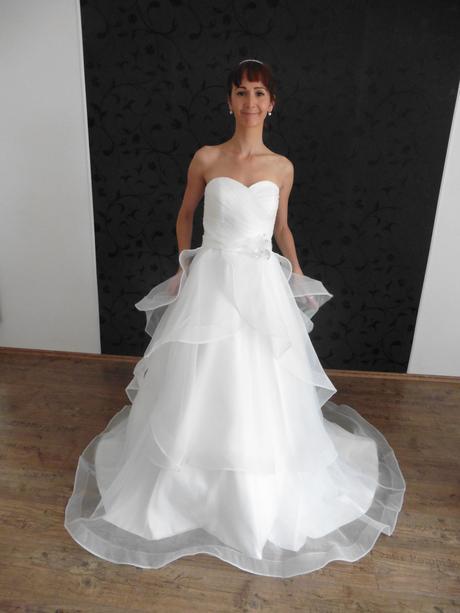 Svatební šaty Sheila, 40