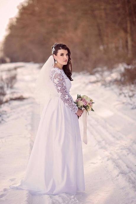 Svadobné šaty s dlhým rukávom , 44