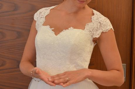 svatebí šaty vhodné pro těhotnou nevěstu, 40
