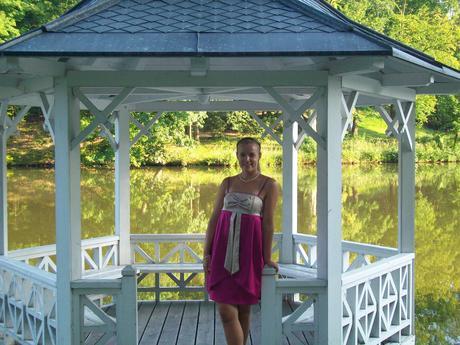 saténové šaty s elastanem, 38