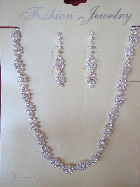 svatební set náhrdelník a náušnice,