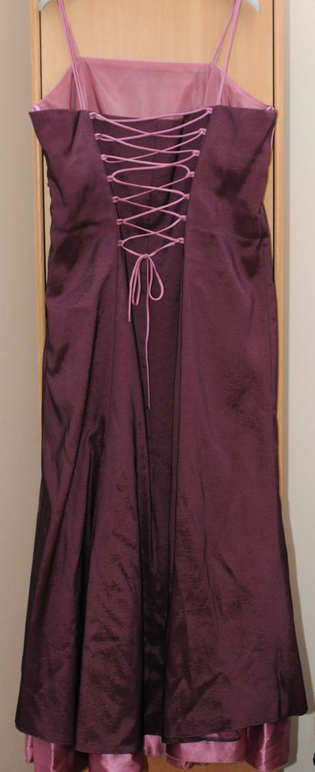 spoločenské šaty, 48