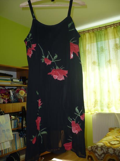 Kvetovane saty , XL