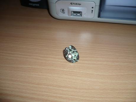 Zeleny kamienkovy prsten ,