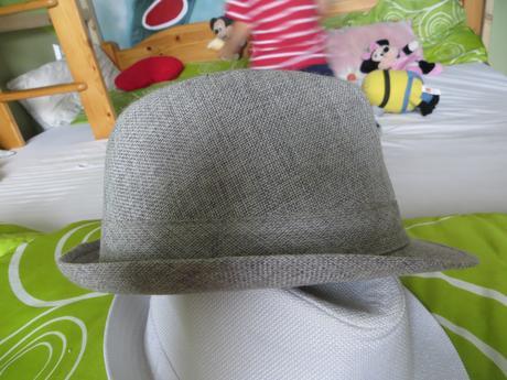 damsky klobucik,