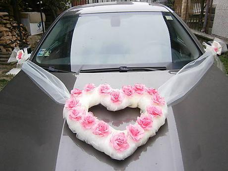 Srdce na auto - ružovo biele 65 x 55 cm,