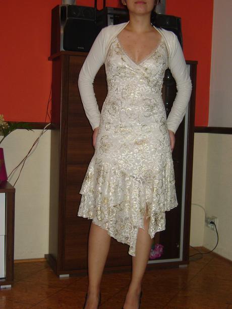 Bielo-zlaté šaty s bolerkom, M