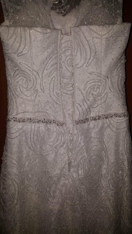 snehobiele čipkované šaty, 38