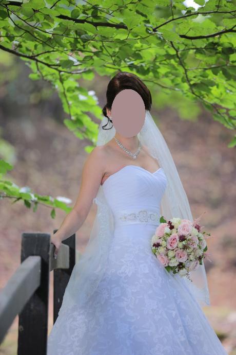 Svadobné šaty na šnurovačku, 34