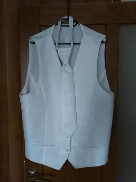 svadobná pánska vesta , 52