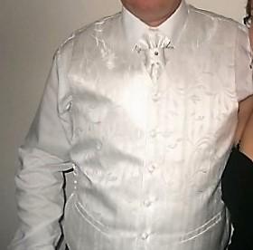 svatební vesta, 54