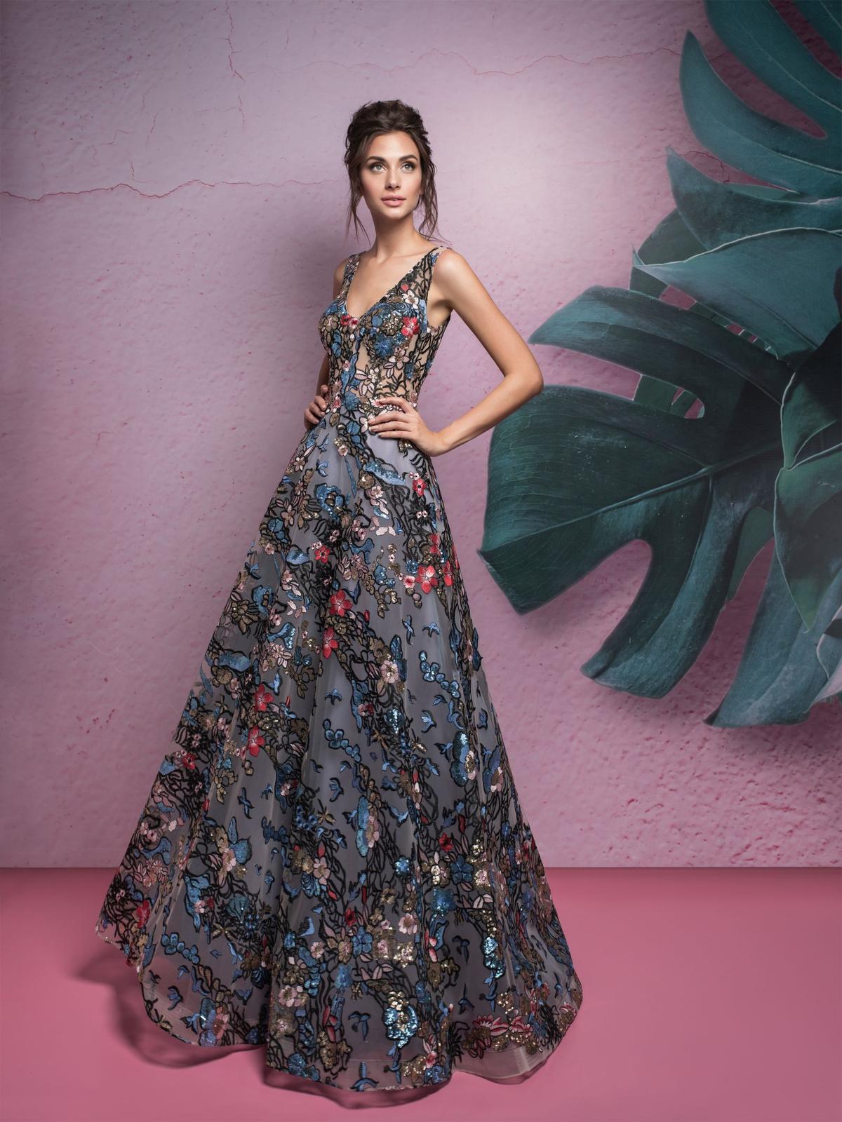 5bd429b0d516 Elegantné spoločenské šaty s kvetinovým vzorom