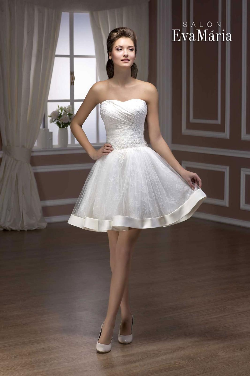 c6c1864118cb Krátke čipkované svadobné šaty - na mieru