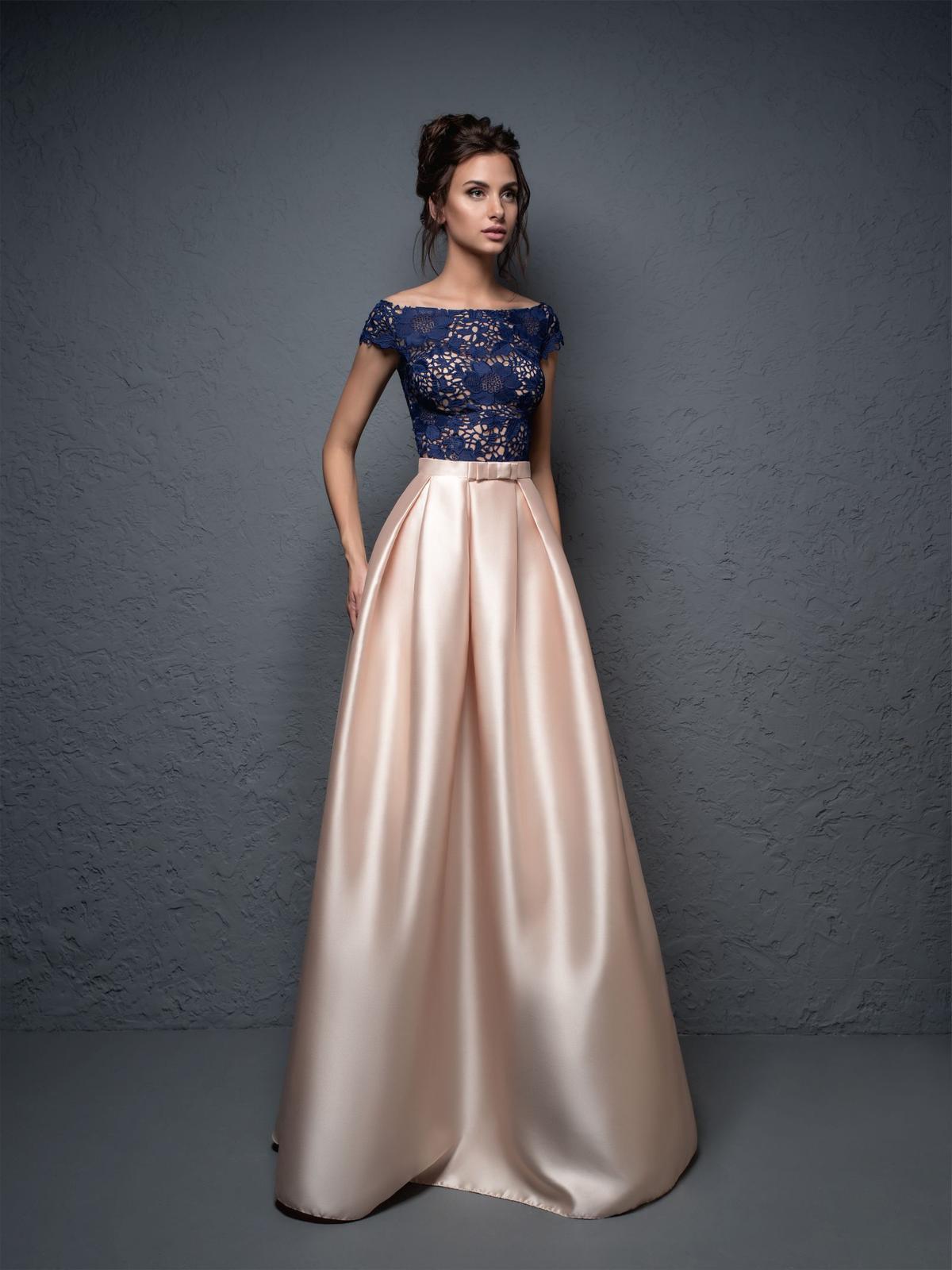 Luxusné spoločenské šaty a6703fc9fb3