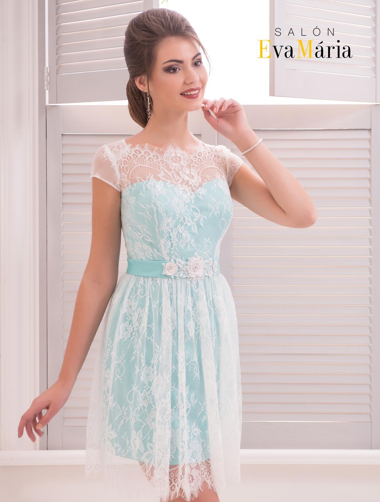 Prekrásne krátke čipkované šaty 0e86a2cf48b