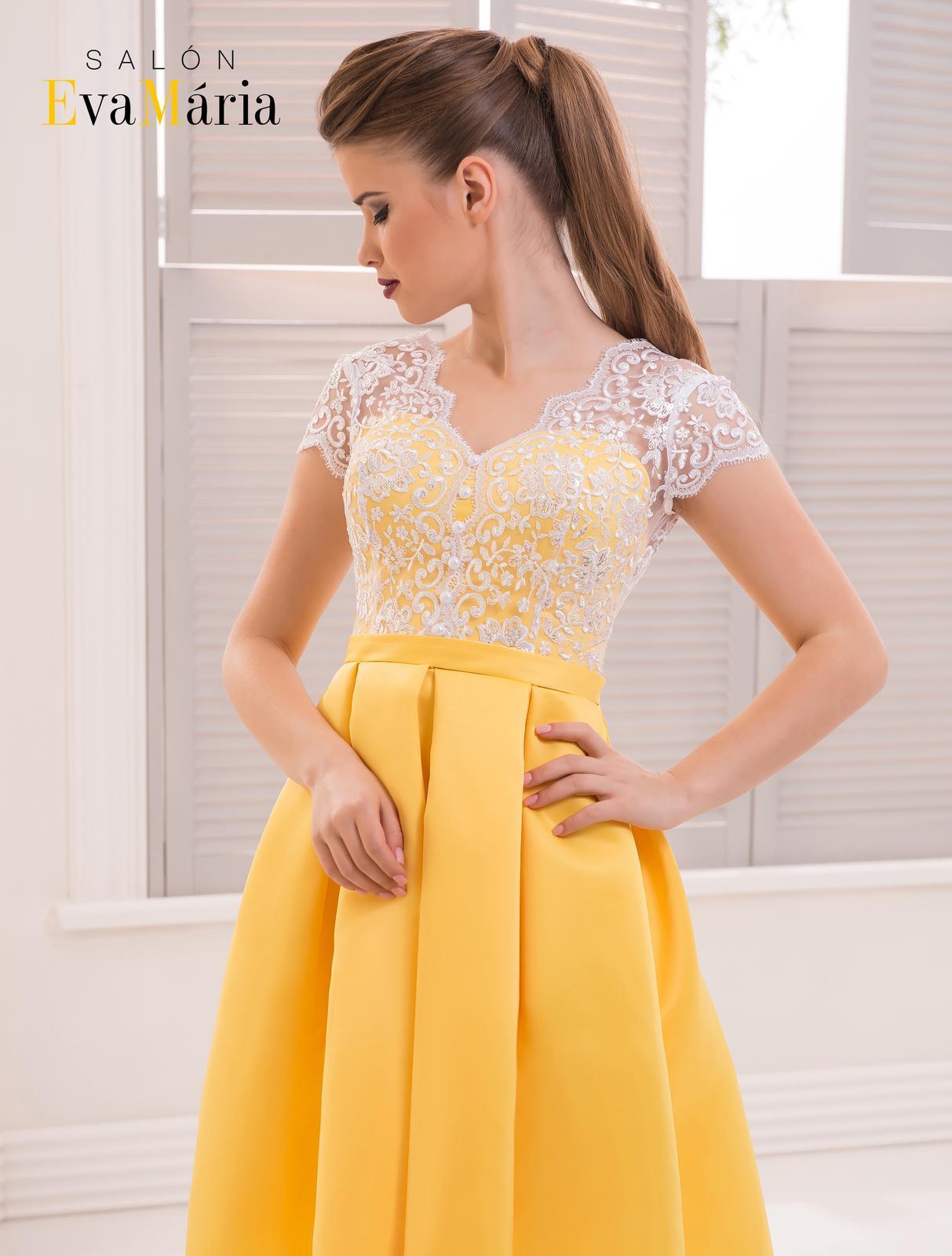 04eadcb6f623 Prekrásne spoločenské šaty s čipkovaným živôtikom