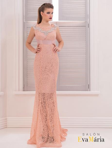 Celočipkované večerné šaty s kamienkami, 38