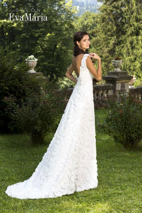 Čipkované svadobné šaty s vlečkou - na mieru, 38