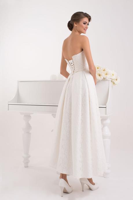 Členkové luxusné svadobné šaty bez ramienok, 38