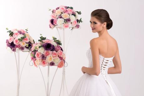 Dvojdielne svadobné šaty na mieru s veľkou sukňou, 38