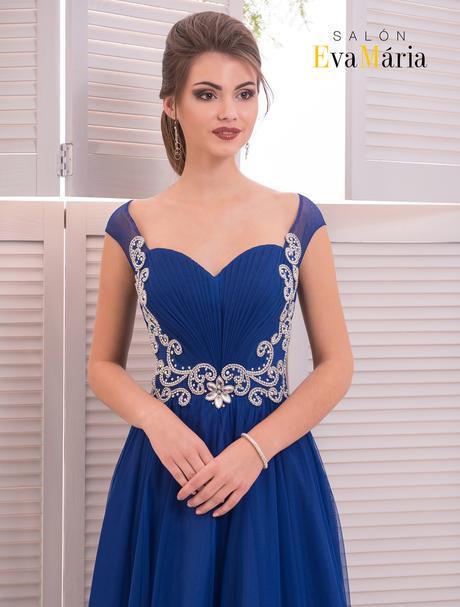 Elegantné večerné šaty s kamienkovou aplikáciou, 34