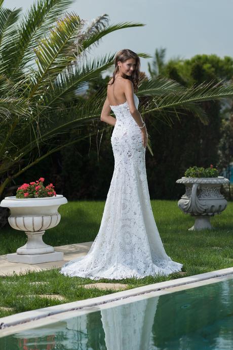 Extravagantné čipkované svadobné šaty , 38