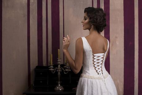 Jednoduché elegantné svadobné šaty na predaj , 36