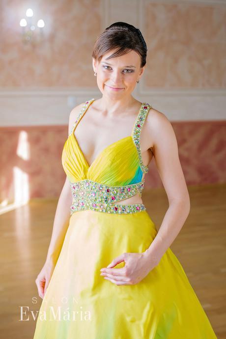 Kvetované luxusné šaty - predaj / prenájom, 34
