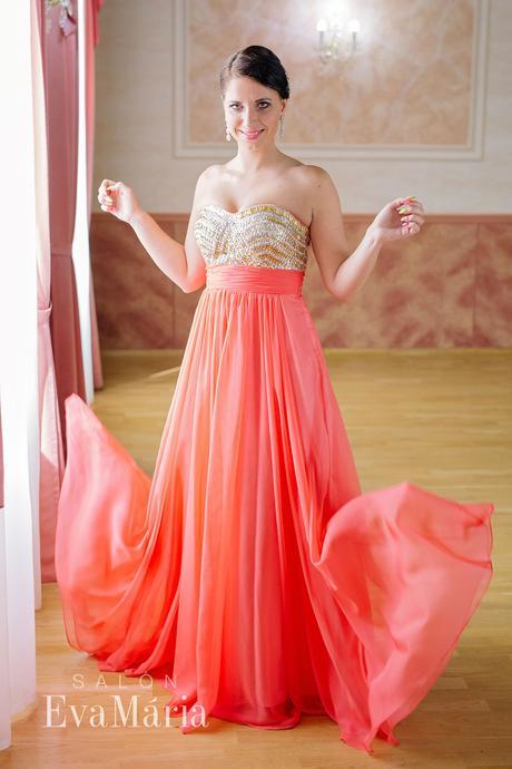 Luxusné šaty s kamienkami - predaj / prenájom, L