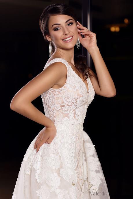 Luxusné svadobné šaty s odopínateľnou sukňou , 34
