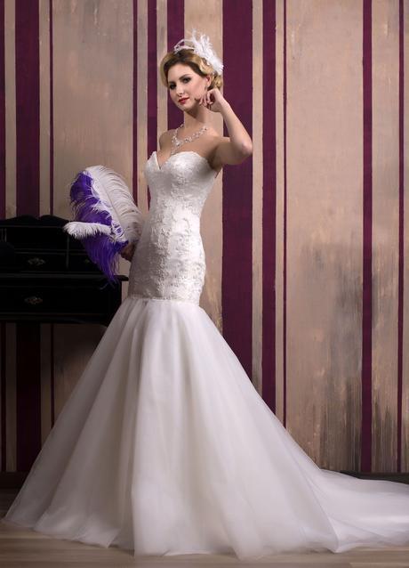 Luxusné úzke svadobné šaty na predaj, 32
