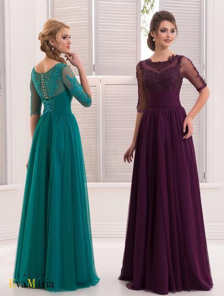 Nádherné večerné šaty s vyšívaným živôtikom, 34