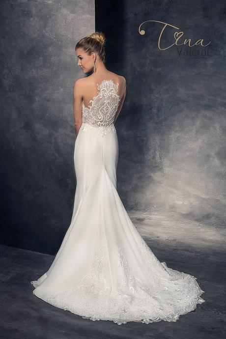 Okúzľujúce svadobné šaty šité na mieru, 34