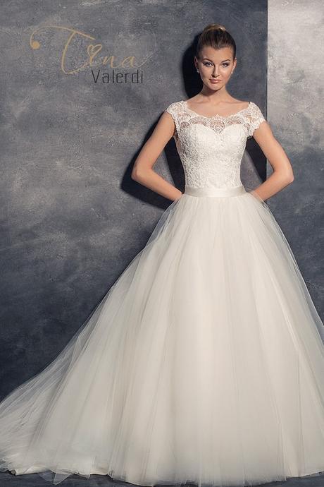 Predaj luxusných očarujúcich svadobných šiat, 34