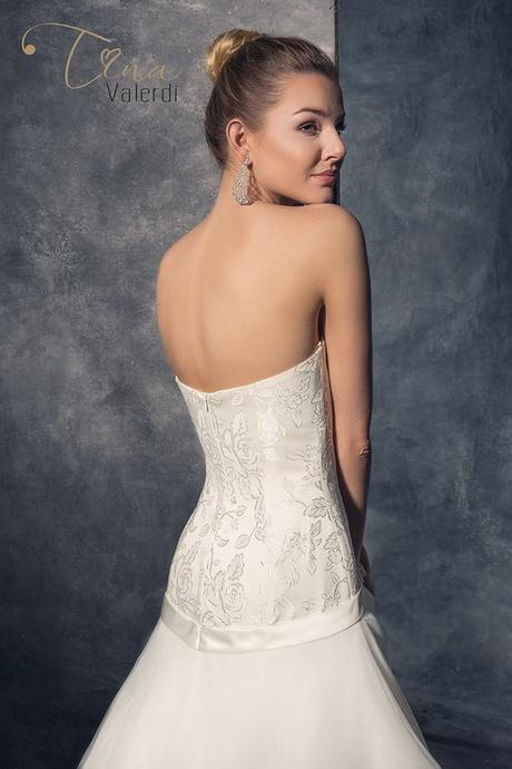 Predaj očarujúcich svadobných šiat šitie na mieru, 40