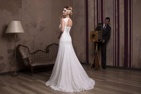 Priliehavé luxusné svadobné šaty na predaj, 34