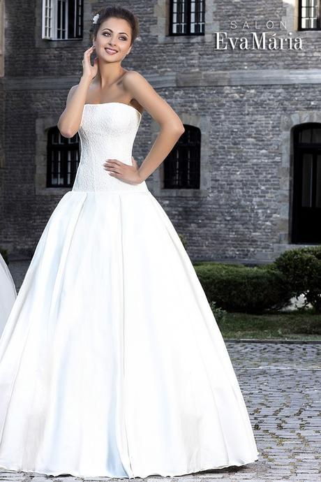 Svadobné šaty s čipkovaným vrškom - na mieru, 38