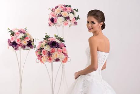 Svadobné šaty s korzetom - na mieru, 38