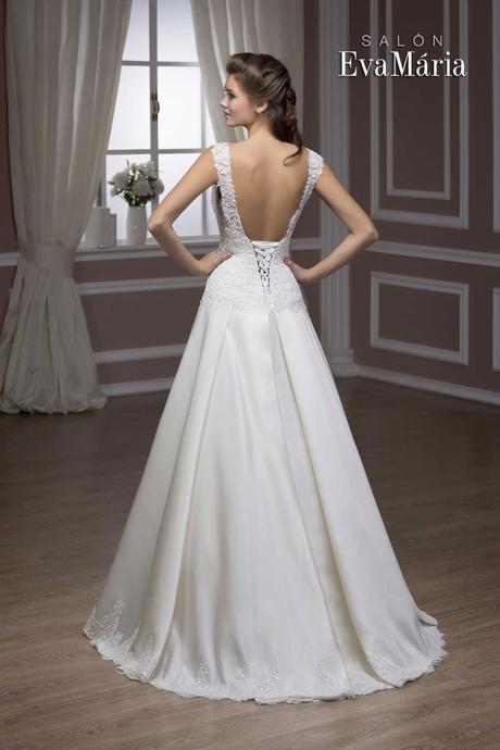 Svadobné šaty s krajkovaným živôtikom - na mieru, 40