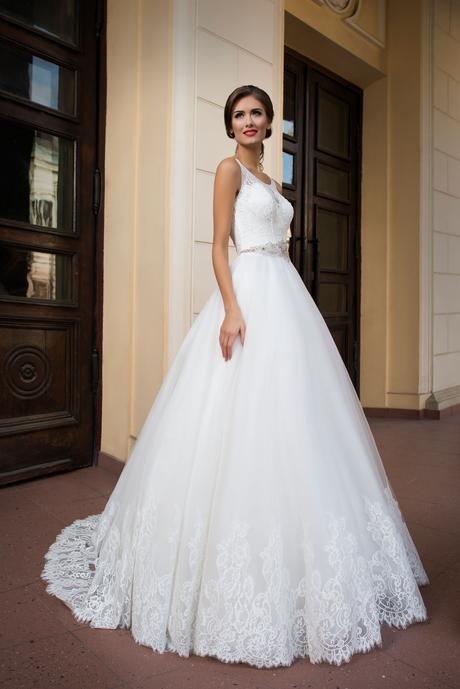 Svadobné šaty s opaskom - na mieru, 36