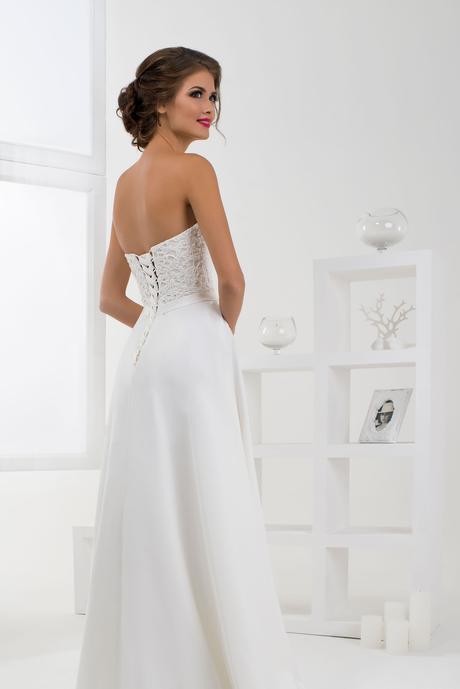 Svadobné šaty s opaskom - na mieru, 38
