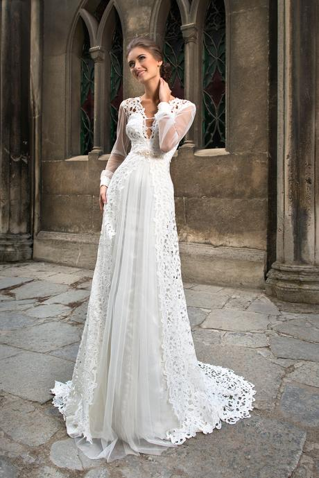 Svadobné šaty s rukávmi - na mieru, 34