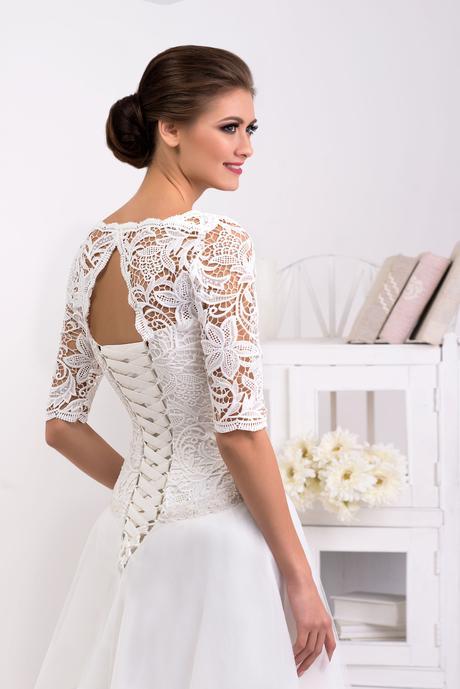 Svadobné šaty s rukávmi - na mieru, 36