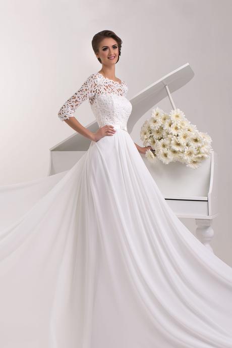 Svadobné šaty s vlečkou - na mieru, 40