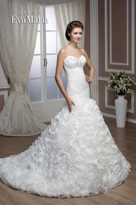 Svadobné šaty s volánovou sukňou - na mieru , 36