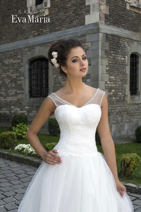 Svadobné šaty so širokou sukňou - na mieru, 40