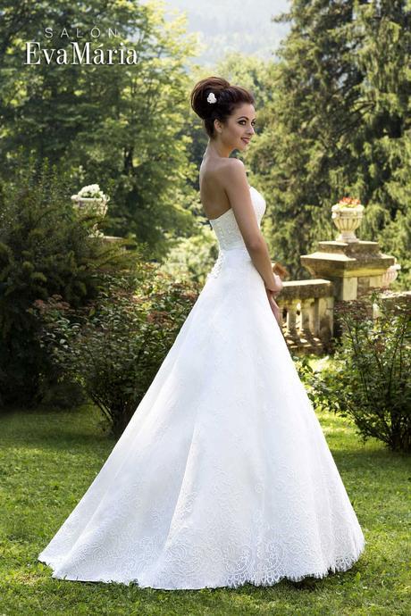 Svadobné šaty zdobené mašličkou - na mieru, 40