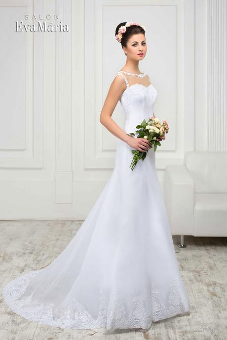 Svadobné šatyy zdobené čipkou - na mieru, 38