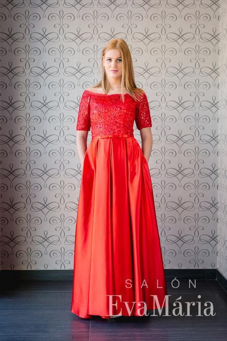 Večerné šaty so saténovou sukňou a čipkou, 36